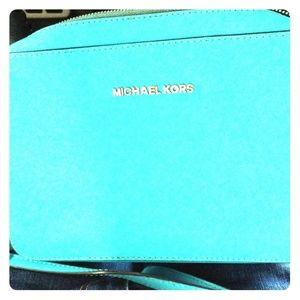 Michael Kors Tiffany blue crossbag
